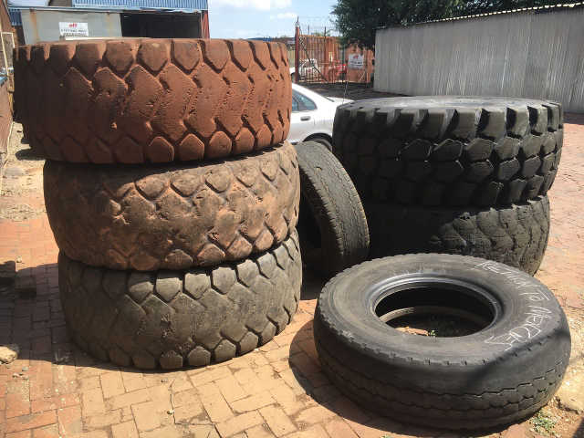 new earth mover tyres
